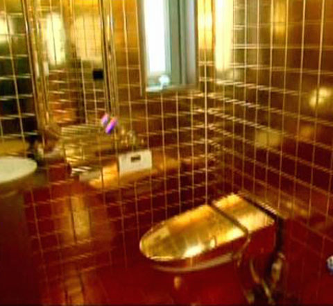 Bathroom on This Gold Gilded Bathroom Is Owned By Inventor Dr  Nakamats